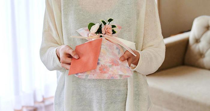 【母の日プレゼント】素敵なメッセージとラッピングで、日頃の感謝を伝えよう!