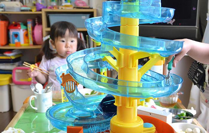 子どもは子どもらしく、大人も子どものように遊べちゃう、夏本番前の「フードエンタメアイテム」をご紹介!