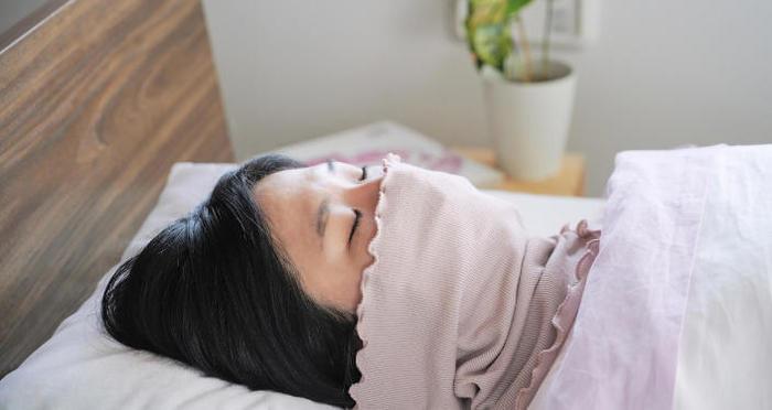 【温活のススメ】睡眠にこそ、あったかアイテムを揃えて「秋の冷え対策」を