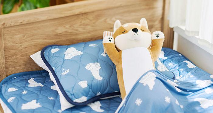 ひんやり感で、夏の眠りを快適に。機能性に優れる夏用寝具をご紹介